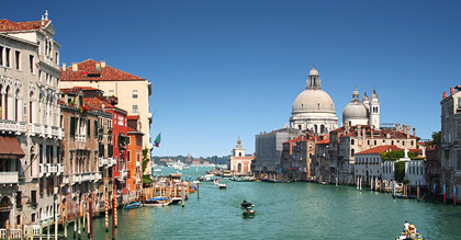Book Now and Save BIG on Flights to Italy