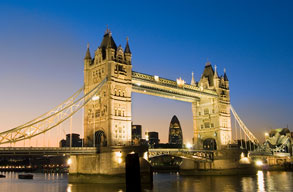 Fly with British Airways to London