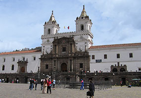 Cheap Flights to Quito